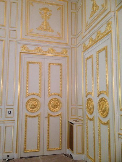 Reproduction of Sculpted doors for a private hotel in Paris