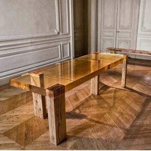Table in resine and wood